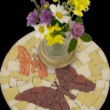 mosaico porta fiori farfalle